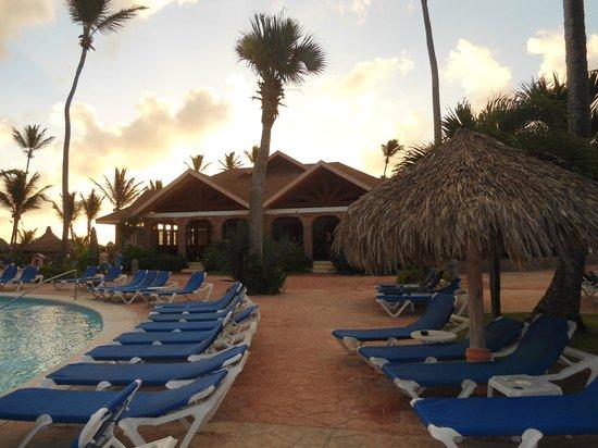 VIK Hotel Arena Blanca: piscina