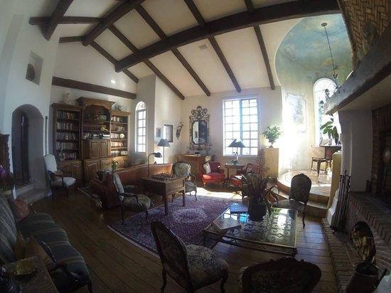 Chateau du Sureau: Living Room at the Chateau