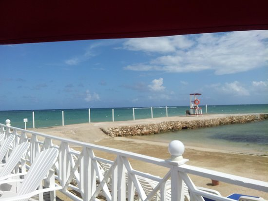 Royal Decameron Club Caribbean: Nice view from Jetty Bar