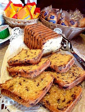 Hotel Citta dei Mille: Plum cake a colazione