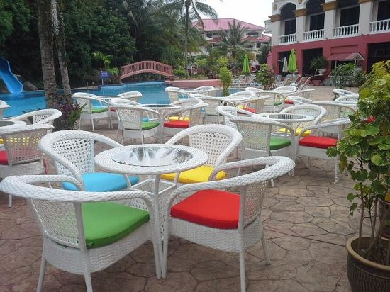 Aseania Resort & Spa Langkawi Island : great to it by pool