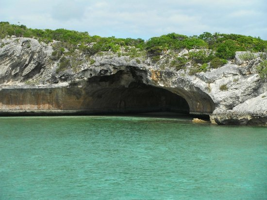 Exuma Water Tours: Cool cave