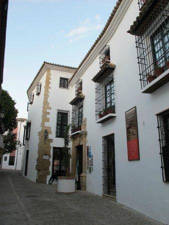 Hotel San Gabriel: Front of Hotel