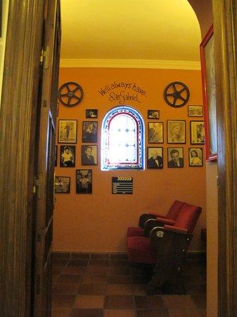 Hotel San Gabriel: Movie Room