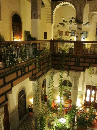 Riad Al Bartal: Interior court detail with hanging plants