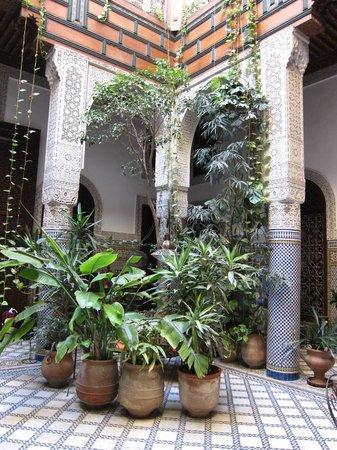 Riad Al Bartal: Riad decor