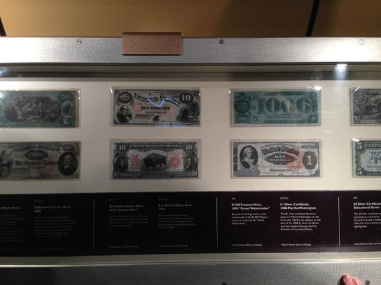 Money Museum at the Federal Reserve Bank: Old bills