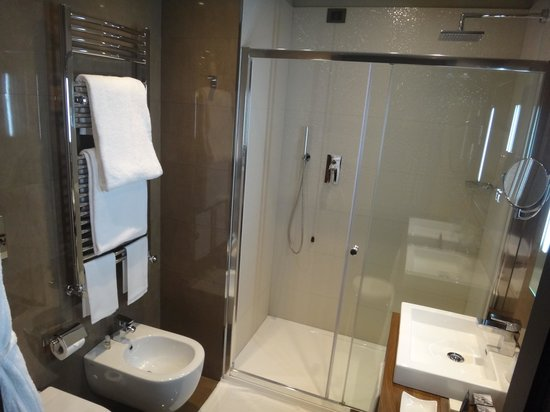 Uptown Palace: banheiro