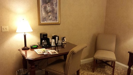 French Lick Springs Hotel: Desk area inside Room 2537