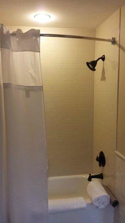 French Lick Springs Hotel: Bathroom inside Room 2537