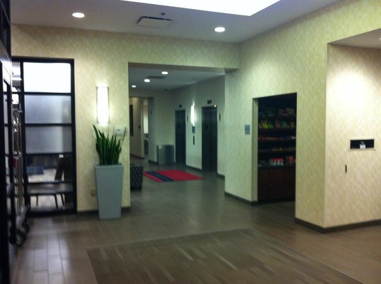Hampton Inn Cleveland Downtown : Lobby area