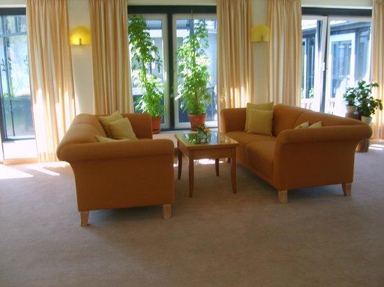 Dorint Strandhotel Ostseebad Wustrow: Topfpflanzen-Ambiente