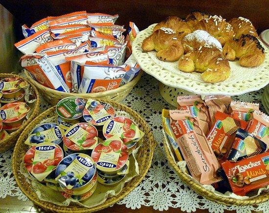 Hotel Citta dei Mille: Al buffet della colazione