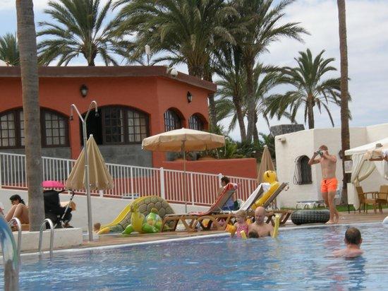 HD Parque Cristobal Tenerife: Restaurant/Bar