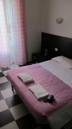 Blue Rain: комната