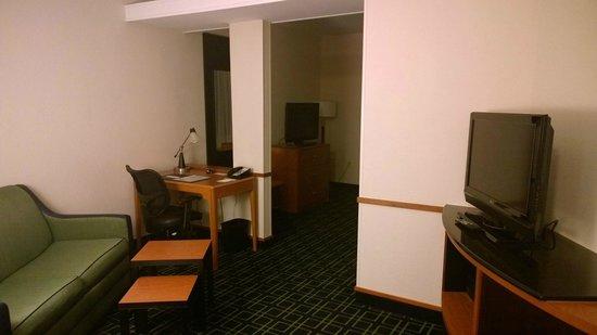 Fairfield Inn & Suites Palm Coast I-95 : Livingroom