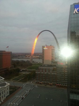 Hilton St. Louis at the Ballpark: View from our room. 1906 east