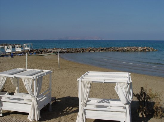 Knossos Beach Bungalows & Suites : View from our room