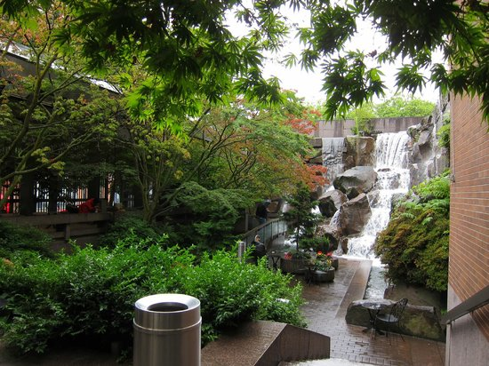 Ups Seattle Waterfall Park