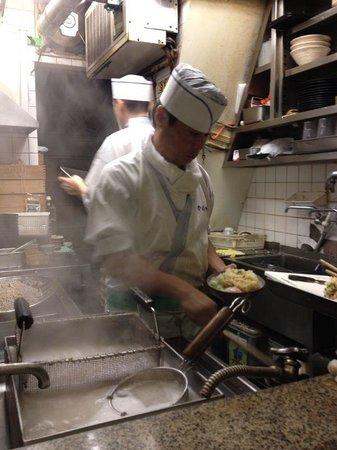 Omoide Yokocho: chef