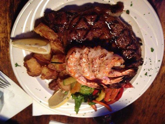 Melrose Grill: steak with skewer of shrimp