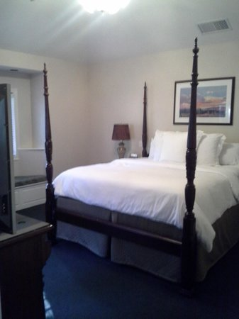 Sycamore Mineral Springs Resort and Spa : Bedroom