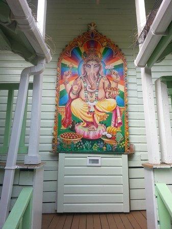 Sivananda Ashram Yoga Retreat: Art