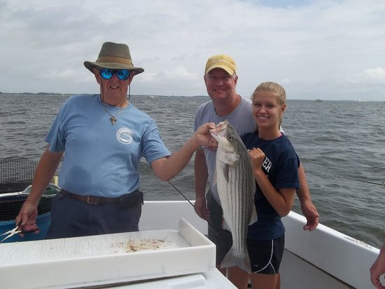 Patience Sportfishing : Captain Tom delivers
