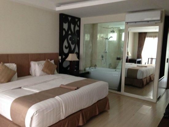 Villa Kayu Raja : bedroom