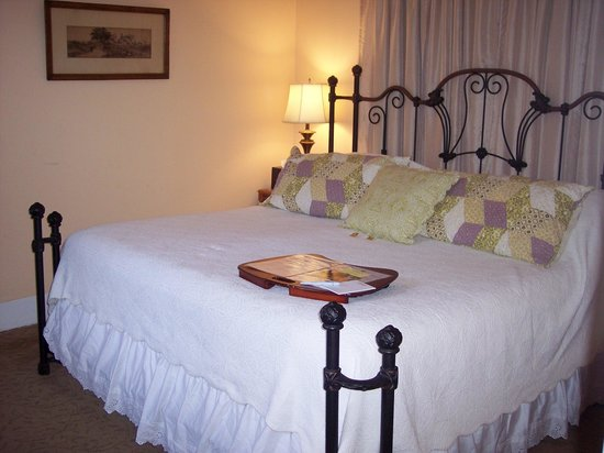St. Francis Inn Bed and Breakfast : The Wilson Suite