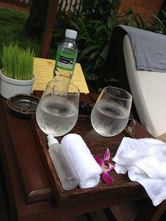 Belmond La Résidence d'Angkor: fresh towels everywhere