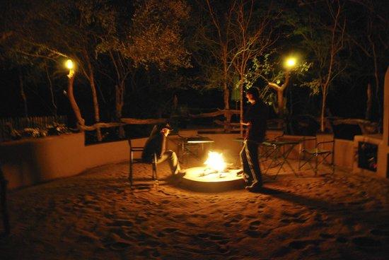 Tydon Bush Camp : Campire every night!