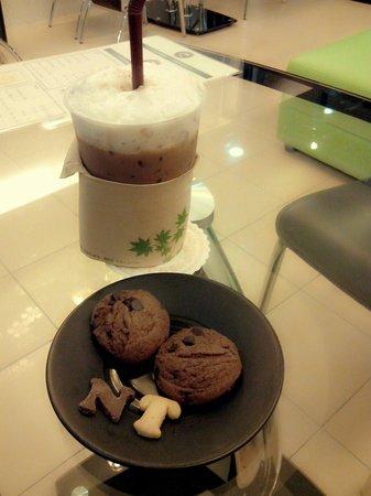 Lasa Sheep Cafe House: Nice Coffee and Cookies
