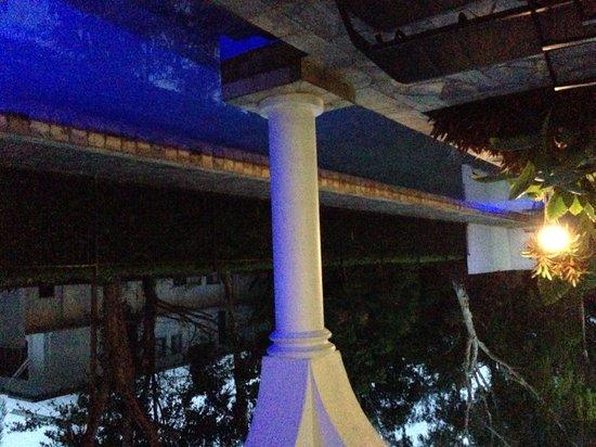 Mantra PortSea: Lap pool