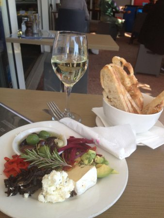 The Caf Coolum: Platter for one!