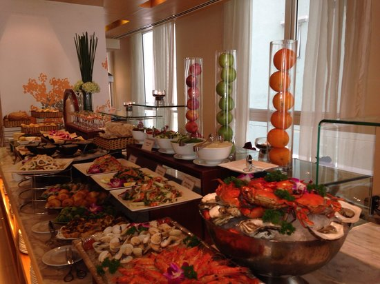 Liberty Central Saigon Centre Hotel : Lunch buffet