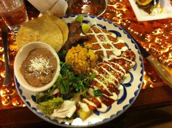 Latin Soul Restaurant: Talpiqueña Steak Combo