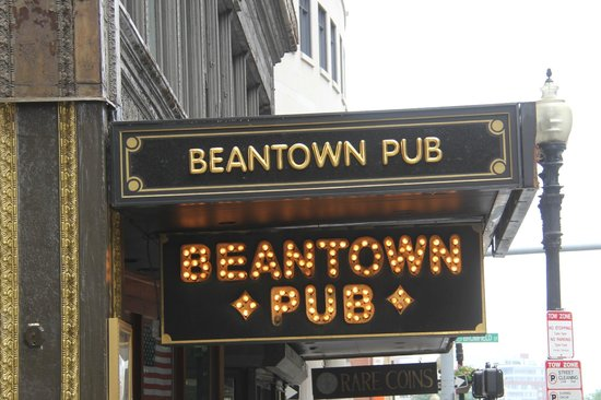 Beantown Pub sign, coming down the street from the Omni Parkerhouse, Beantown Pub  |  100 Tremon