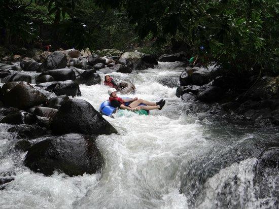 Hacienda Guachipelin: Tubing!