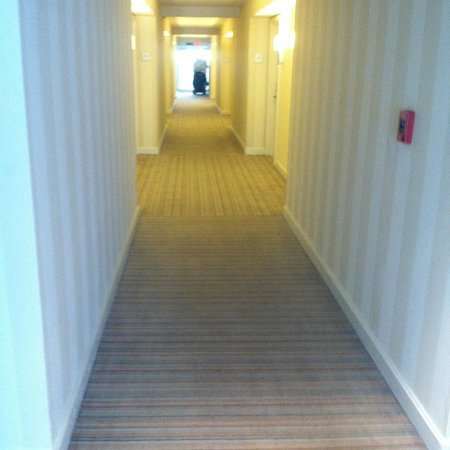 Hilton Fort Lauderdale Marina: hallway