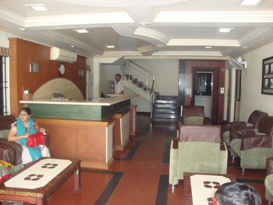 Hotel Rockfort Palace: reception area