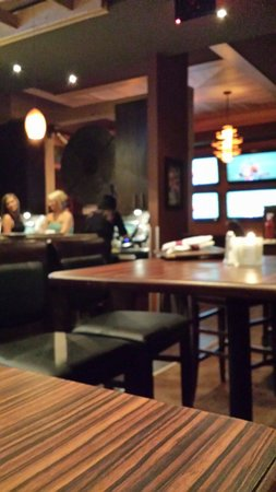 Sawmill Prime Rib & Steakhouse-FORT SASKATCHEWAN: Inside the lounge