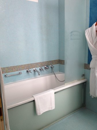Pachtuv Palace : Beautiful Bathroom