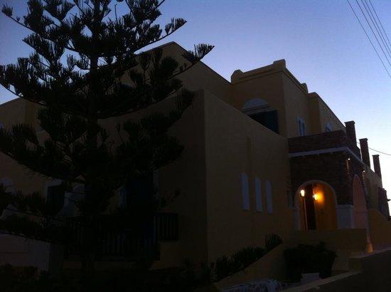 Hotel Grotta: exterior view