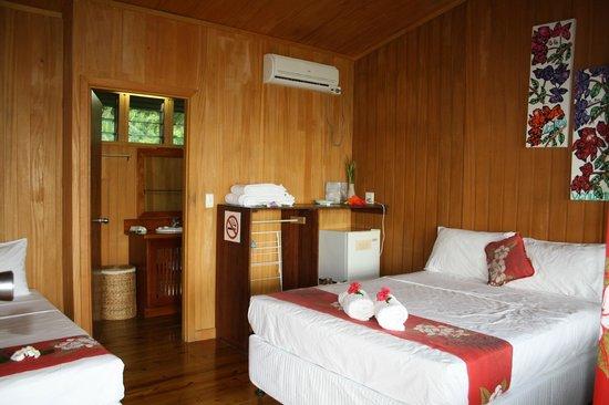 Deco Stop Lodge: Bedroom