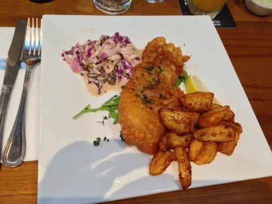 Uncle Albert's Traditional Fish and Chips : Fish and chips