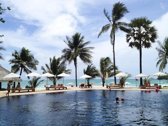 The Surin Phuket: View of pool and the beach