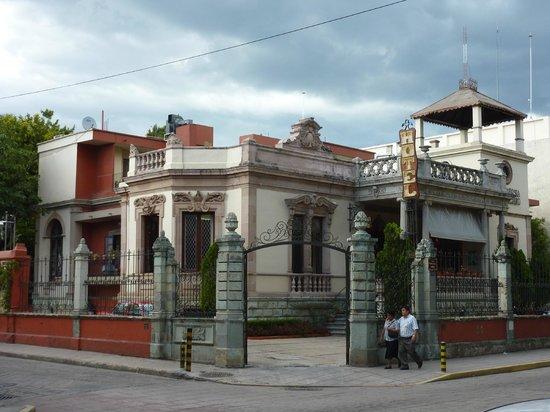 La Casona Del Llano: hotel