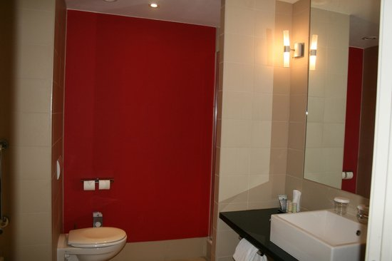 Radisson RED Brussels : double room