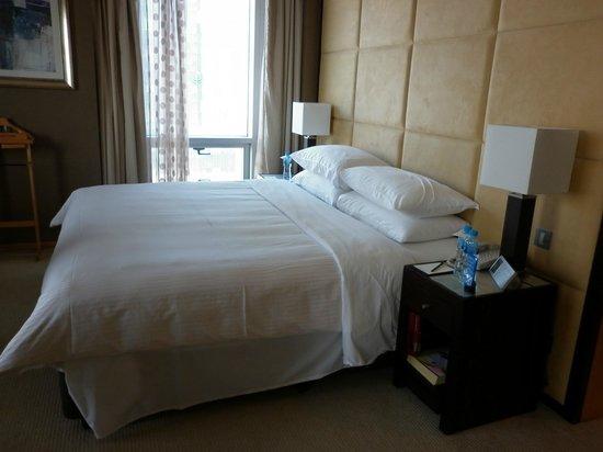 Shangri-La Hotel, Dubai: Bed